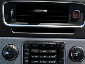 沃尔沃V60 2012款 3.0T AT R-Design个性运动版