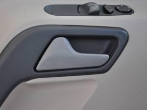 奔驰凌特 2012款 2.1T MT尊旅版中轴(14座)