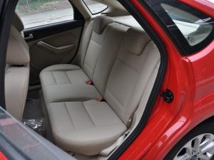 福特福克斯两厢 2012款 经典1.8AT时尚型