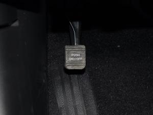 英菲尼迪QX70 2013款 3.7AT超越版