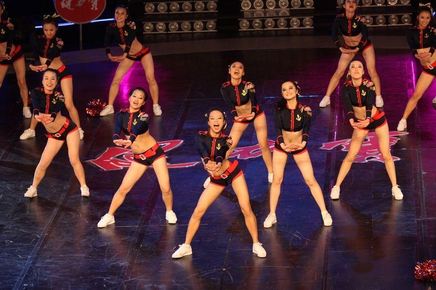 舞蹈啦啦队图片